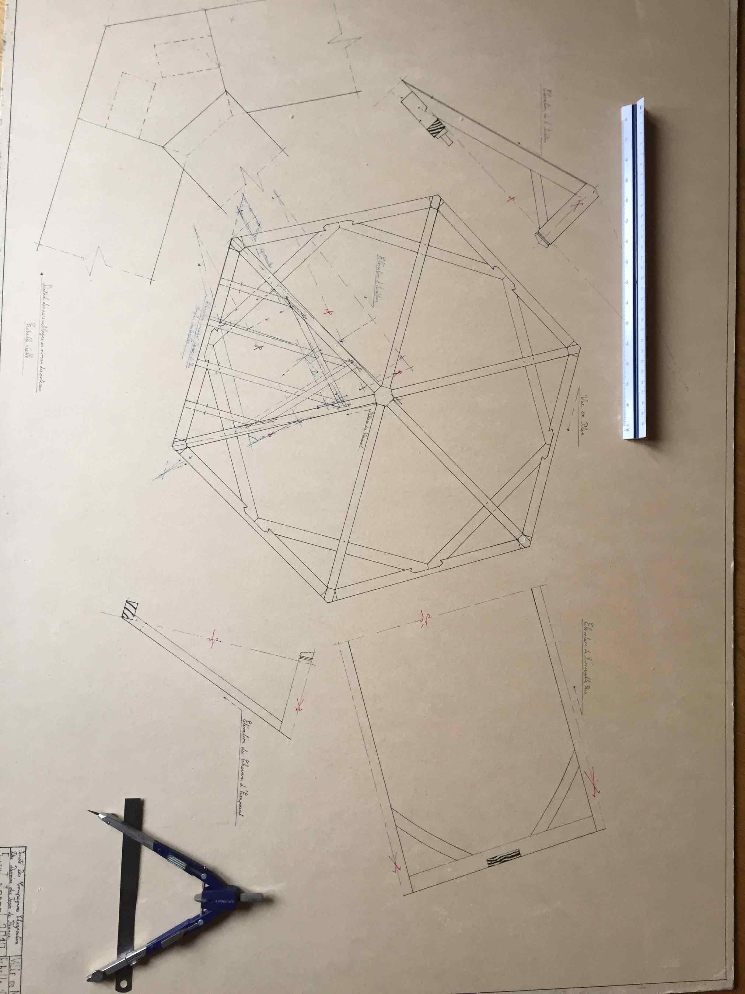 kiosque hexagonal