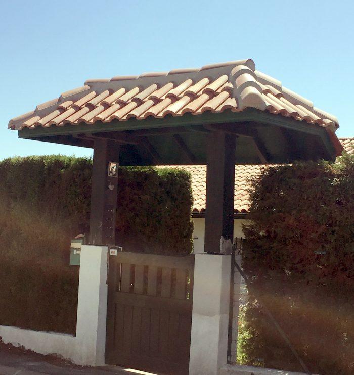 Porche d'entrée en bois sur mesure